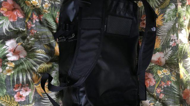 【BCダッフル】雨でも濡れないタフなノースフェイスのダッフルバッグを紹介