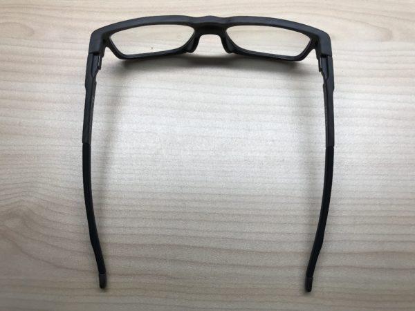 オークリーのおすすめメガネフレームを紹介【JINSでレンズ変更】