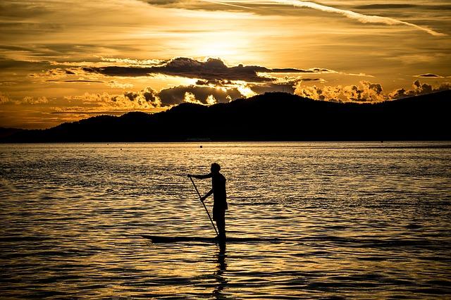 海でのサップ【スタンドアップパドルボード 】の楽しさと魅力を紹介